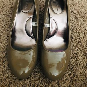 Merona patent leather beige heels size 8.